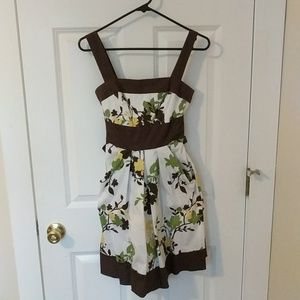 Cute summer dress with pockets!